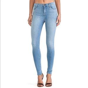 J Brand Super Skinny Treasure Jeans Light Wash